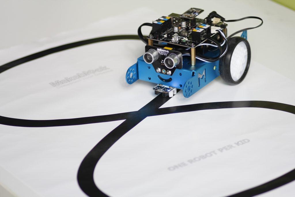 Robot voor de midden- en bovenbouw